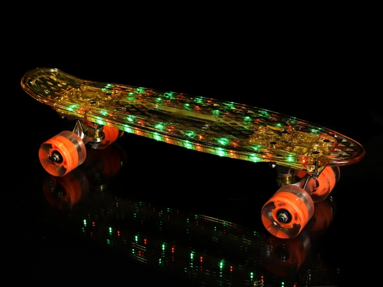 High Bounce Complete 22 Light Up Skateboard and Wheels