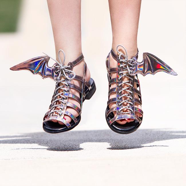 jgrl_winged_sandals_pewter_inuse