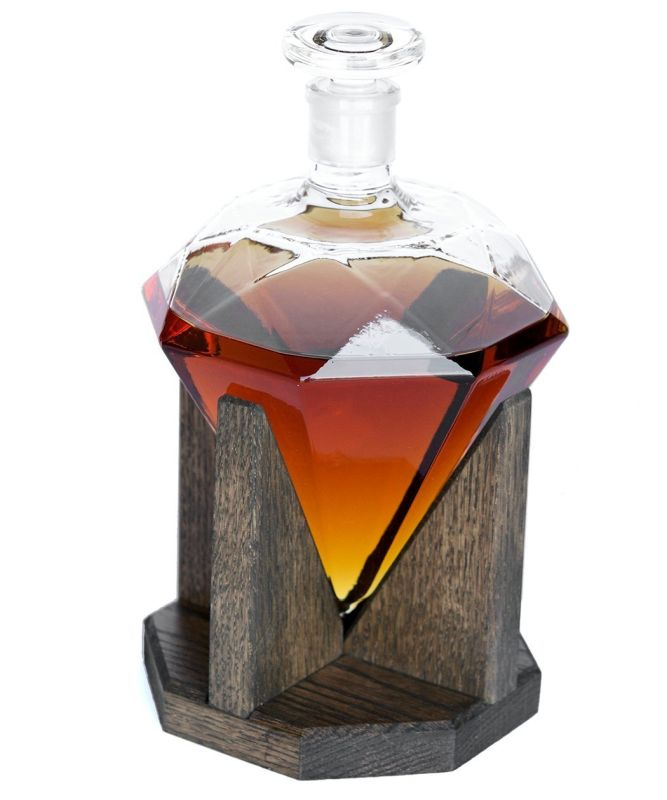 diamond-whiskey-decanter