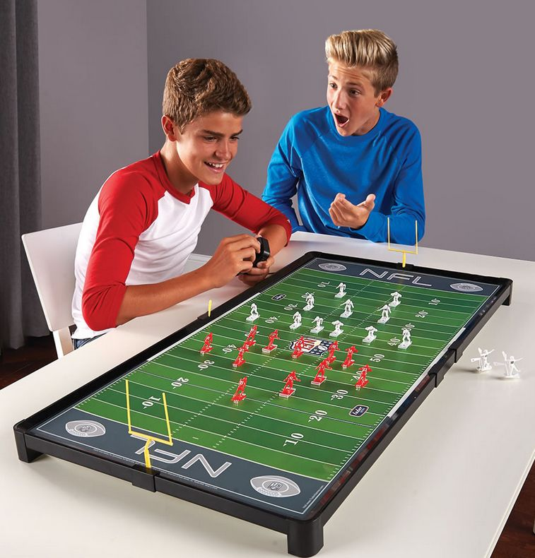 the-advanced-classic-nfl-electric-football-game