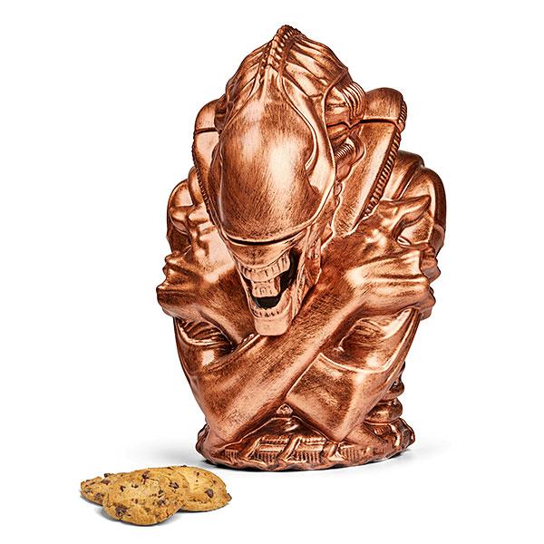 issv_alien_xenomorph_cookie_jar_bronze