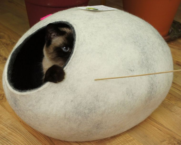 cat-house-bed-cave