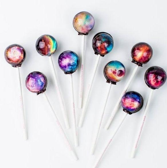 vintage-confections-original-galaxy-lollipops