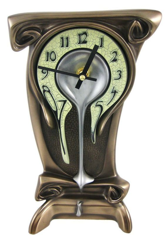 high-melting-bronze-table-clock