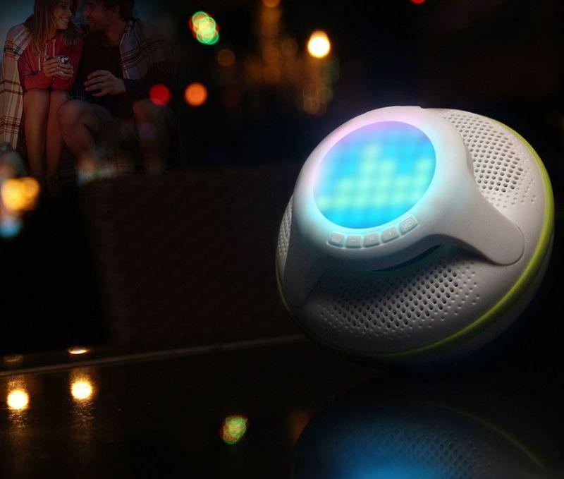 swimmer-waterproof-bluetooth-speaker-4-0-portable-floating-wireless-speakers