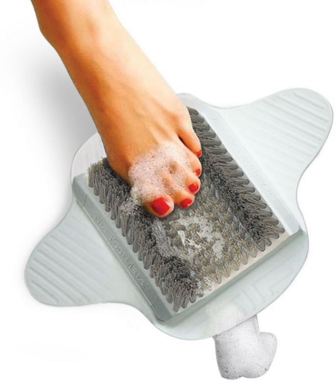 the-shower-foot-scrubber