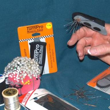 Magnetic finger