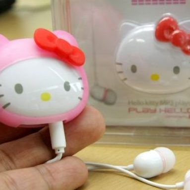A Hello Kitty mp3 player 'Play Hello' launched