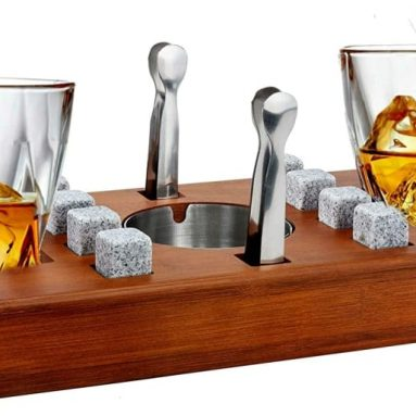 Old Fashioned Cigar Whiskey Glasses With Mounted Cigar