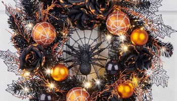 The Cordless Prelit Halloween Spider Wreath