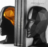 Bookend Knowledge in the Brain black