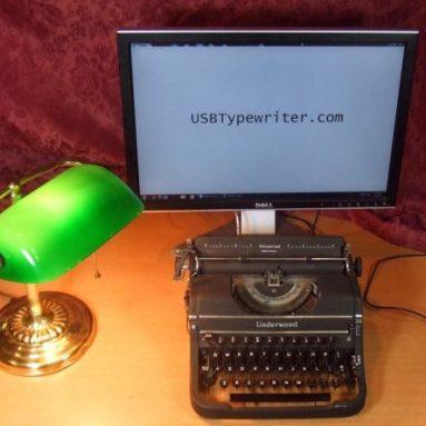 USB Typewriter – Underwood Portable with USB Port 1
