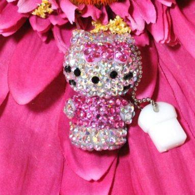 Hello Kitty Swarovski Crystal 4gb USB Drive