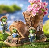 Bait Shop Work Shoe Design Planter & 2 Frogs